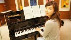 全職演奏級女鋼琴導師,擁有多年教琴<span>經驗</span>